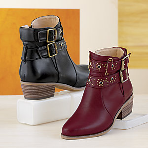 Love these boots!  savingsinseconds.com