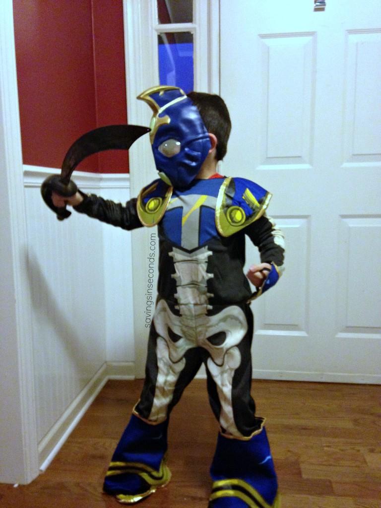 Skylanders costume -- savingsinseconds.com