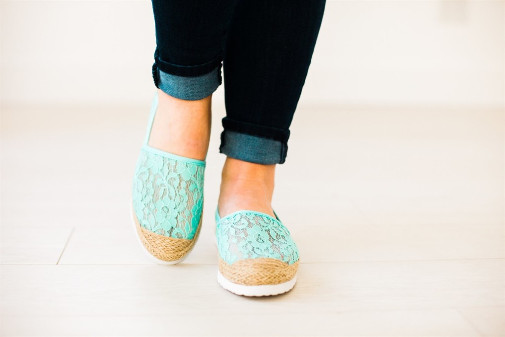Mint shoes for spring - #affiiliate featured on http://www.savingsinseconds.com/hooray/